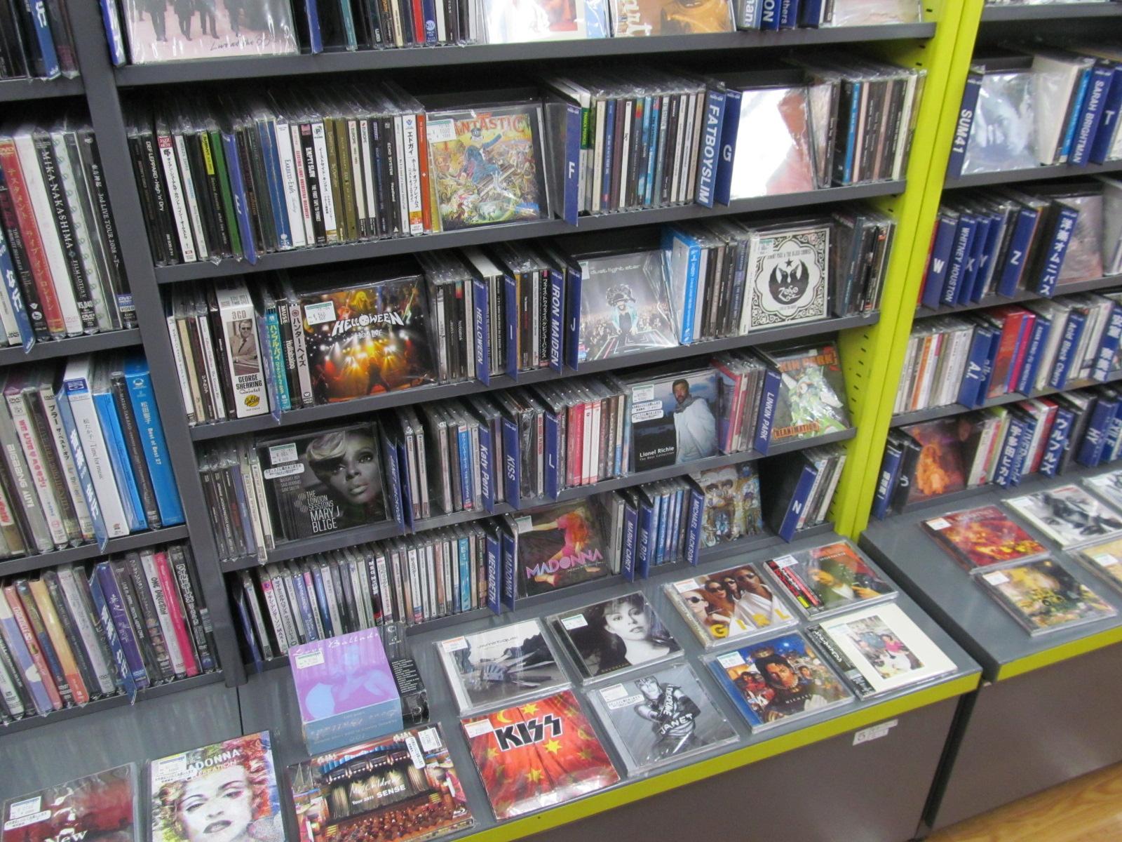 【新座店】CDコーナーのご紹介♪_[1]