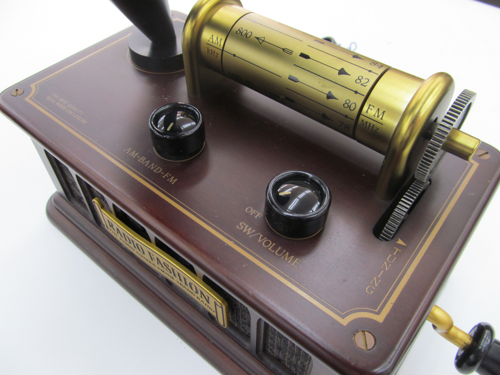 【動画あり】蓄音機風ラジオがありますよ♪_[3]