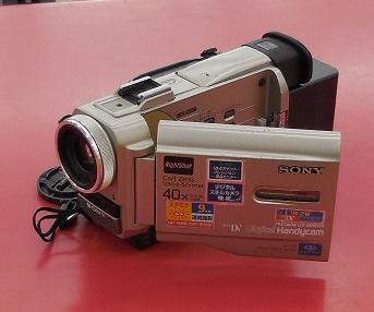 MiniDVビデオカメラ入荷しました